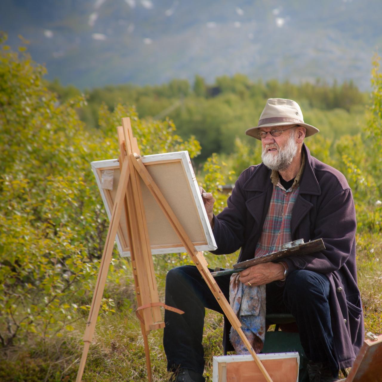 Karl Erik Harr auf Kjerringøy malt für Dreharbeiten zum Film Ins Innere Norwegens, kunstpunkt-bern.ch