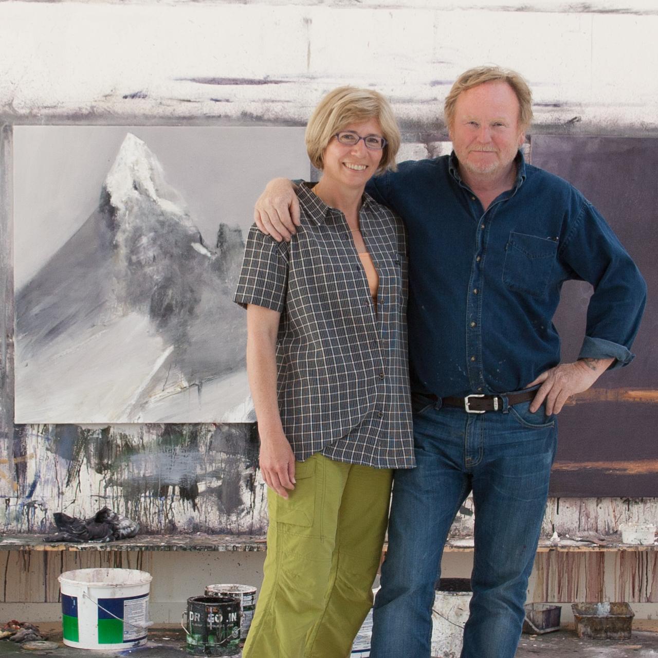 Ørnulf Opdahl mit Judith Kaffka beim Interview zum Film Ins Innere Norwegens in seinem Atelier
