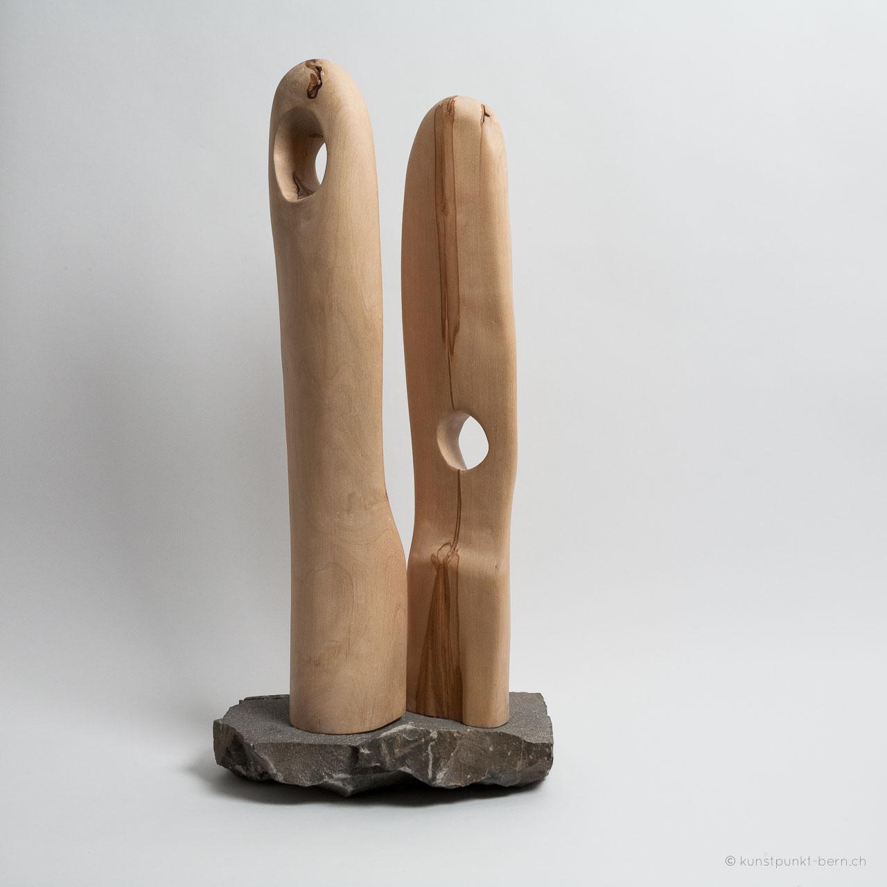Lichtflucht - Holzskulptur - von Judith Kaffka - kunstpunkt-bern.ch