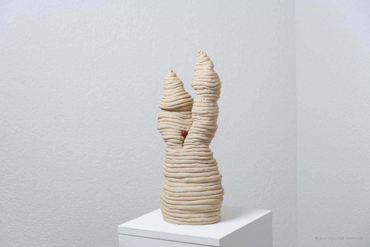 Tanz der Türme I - Tonskulptur - von Judith Kaffka - kunstpunkt-bern.ch